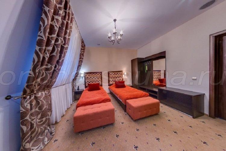 Эльбрус, гостинично-развлекательный комплекс